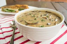 Best Ever Mushroom Soup! No lie, this is the best mushroom soup I& ever ha. Best Ever Mushroom Soup! No lie, this is the best mushroom soup I& ever had! Vegan Soups, Vegetarian Recipes, Healthy Recipes, Vegitarian Soup Recipes, Healthy Soups, Vegetarian Soup, Healthy Lunches, Detox Recipes, Best Mushroom Soup
