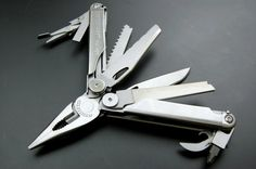 Leatherman multi tool is a popular choice for people who want convenient tools along with lightweight and small enough to comfortably fit into a pocket. Find more details at Knifeindia.com.