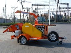 Tocator mobil cu tambur si sita - mobil faapritogep dobbal es szitaval szerelve mobile chipper  with drum and screen