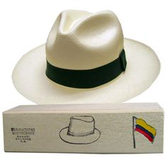 Panamahut Montecristi (11-12)   Hutschachtel aus Balsaholz - Fedora Ecuador, The Selection, Hand Weaving, The Incredibles, Hats, Fashion, Moda, Hand Knitting, Hat