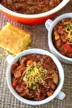 Vegetarian Quinoa Chili Recipe on twopeasandtheirpod.com Our favorite chili recipe! #chili #vegetarian