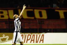 BotafogoDePrimeira: Após golaço, Roger encerra jejum de dois meses e a...