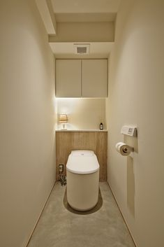 Japan Apartment, Minimalist Apartment, Small Bathroom, Toilet, Sweet Home, Bedroom Decor, House Design, Interior, Home Decor
