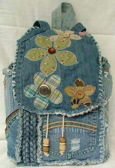 Sewing Backpack Recycled Denim Ideas For 2019 Denim Backpack, Denim Purse, Jean Purses, Purses And Bags, Denim Ideas, Denim Crafts, Recycled Denim, Quilted Bag, Fabric Bags