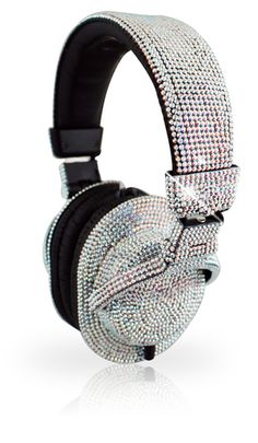 Iwave Swarovski-Encrusted Headphone too much bling, no? Bling Bling, Cute Headphones, Skullcandy Headphones, Fashion Moda, Glamour, Boutique, Girls Best Friend, Luxury Lifestyle, Swarovski Crystals