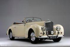 1948 Bentley Mark VI Drophead Coupé