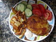 Step-by-step instructions for preparing fried cheese with french fries and a garnish of vegetables. This dish is very popular in Slovak and Czech restaurants! Slovak Recipes, Czech Recipes, Ethnic Recipes, Cheese Fries, Fried Cheese, Christmas Soup, Christmas Time, Slovakian Food, Polish Recipes