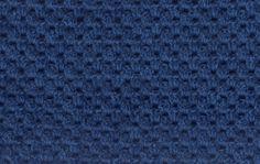 chale retangular em crochet, com ponto da vovó, em lã acrílica. 02 07 2014