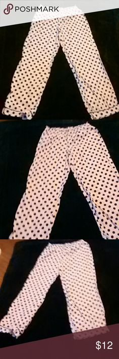 Victoria's Secret Polka Dot Pants These are adorable polka dot Victoria's Secret pants. Size medium 100 % cotton. 371/2 inches long. In very good condition.  Any questions please feel free to ask. Offers welcome. Happy Poshing! Victoria's Secret Intimates & Sleepwear Pajamas