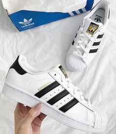 Product Name: adidas superstar • Number