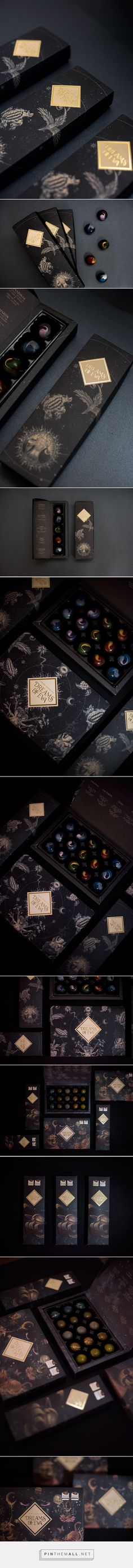 Dreams of Eva Chocolate, Fivestar Branding – Design and Branding Agency & Inspiration Gallery Luxury Packaging, Brand Packaging, Design Packaging, Foil Packaging, Coffee Packaging, Bottle Packaging, Packaging Design Inspiration, Graphic Design Inspiration, Design Ideas