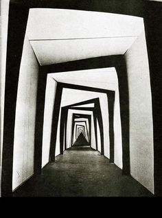 distorted hallway - Caligari