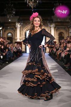 Belén Vargas Flamenco Costume, Beautiful Dresses, Costumes, Love, Fashion, Flamingo Costume, Spanish Dress, Victorian Dresses, Events