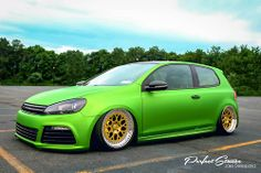 Volkswagen Golf R Golf Gti R32, Mk6 Gti, Slammed Cars, Vw Scirocco, Volkswagen Group, Amazing Cars, Awesome, Car Pictures, Custom Cars