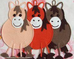 046e pot holder or Deco horse Crochet patterns. by LittleOwlsHutFR