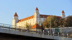 #hrad #castle #braislava Bratislava Slovakia, Mansions, House Styles, Board, Travel, Home, Decor, Viajes, Decoration