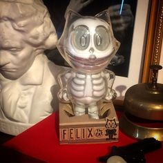 "SpankyStokes.com | Vinyl Toys, Art, Culture, & Everything Inbetween: Secret Base's ""Felix the Cat X-Ray"" Revealed & Coming Soon!"