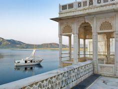 Spas, plongées dans le rêve. Luxe, détente et sérénité de Paris au Rajasthan, les temples du bien-être nous ouvrent leurs portes