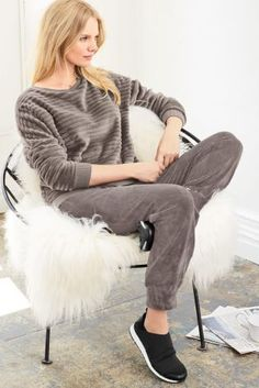 We saw velvet all over the catwalks this season, so it only seems right to have it in our wardrobes too! Here's the ultimate loungewear attire to keep you cosy this autumn/winter. Loungewear Outfits, Sleepwear & Loungewear, Lingerie Sleepwear, Nightwear, Warm Outfits, Winter Outfits, Cute Outfits, Nightgowns For Women, Two Piece Outfit