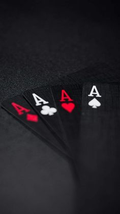 Poker Cards - iPhone Wallpapers