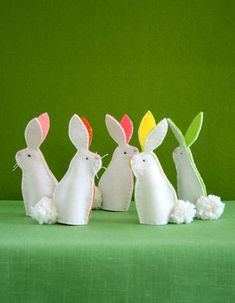 Easter bunny decorations, Easter crafts, Easter projects, Easter crafts for kids, Felt bunny, Finger puppets - Easter is just around the corner, and beyond chocolate eggs and hot cross buns, we're l - #Easterbunny #decorations Easter Projects, Easter Crafts For Kids, Diy Craft Projects, Sewing Projects, Craft Ideas, Easter Ideas, Diy Crafts, Felt Projects, Diy Ideas