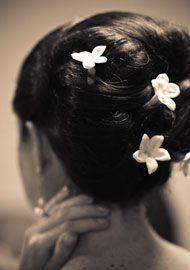 Flower Hair Accesories | InsideWeddings.com