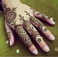 New Mehndi Designs 2018, Latest Finger Mehndi Designs, Stylish Mehndi Designs, Henna Art Designs, Mehndi Designs For Girls, Mehndi Designs For Beginners, Beautiful Henna Designs, Mehndi Designs For Fingers, Dulhan Mehndi Designs