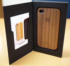 Miniot iWood for iPhone 4/4S
