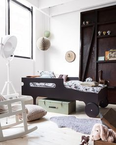 A collection of images of the RaFa kids beds and bunks. A must have for any modern kids bedroom Little Boys Rooms, Kids Rooms, Boy Rooms, Diy Toddler Bed, Toddler Rooms, Ideas Dormitorios, Modern Kids Furniture, Kid Furniture, Vintage Furniture