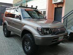 Suzuki Vitara 4x4, Flatbed Truck Beds, Toyota Land Cruiser Prado, Toyota 4x4, Expedition Vehicle, Offroad, Trucks, Building, Garage