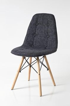 Fabric seat Beech wood legs with metal support x x cm No assembly required