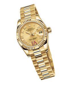 Rolex montre Lady-Datejust 26mm en or jaune http://www.vogue.fr/joaillerie/shopping/diaporama/montres-ultra-fines-femme-or-jaune-horlogerie/19216/image/1012966#!rolex-montre-lady-datejust-26mm-en-or-jaune