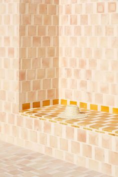 bCd - Love the wide grout lines and contrast coloured tiles Photo by Luis Díaz Díaz.