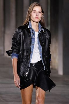 saint-laurent-spring-2017-ready-to-wear-pfw-spring-2017-18