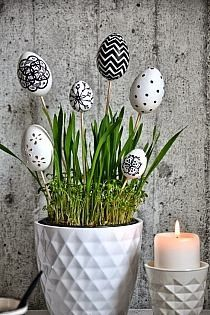 45 Next-Level Easter Eggs Decoration Ideas and Projects - Hercottage Easter Dinner, Easter Table, Easter Eggs, Diy Easter Decorations, Decoration Table, Decoration Restaurant, Egg Crafts, Easter Crafts, Diy Osterschmuck