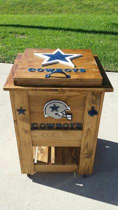 Dallas Cowboys ice chest by elaine - pinnervor Dallas Cowboys Crafts, Dallas Cowboys Party, Cowboys 4, Dallas Cowboys Football, Dallas Game, Cowboys Gifts, Cowboys Players, Football Stuff, Denver Broncos
