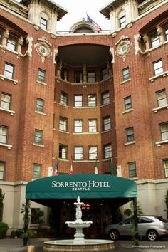 First Hill's hotel elder statesman: Facing downtown competition, Sorrento has history on its side | CHS Capitol Hill Seattle. Wonderful lobby, excellent martinis.
