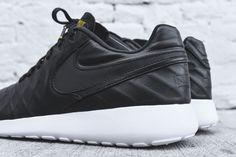 Nike Roshe Tiempo VI Also Comes In Black