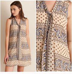 Adorable sleeveless dress