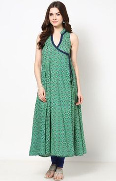 Buy Bhama Couture Green Printed Angrakha Kurti online in India at best price. Add A Young Burst Of Shade In Your Wardrobe With This Green Color Angarkha Ready Made Kurti. Pakistani Dresses, Indian Dresses, Indian Outfits, Casual Frocks, Casual Dresses, Kurta Designs Women, Blouse Designs, Printed Kurti Designs, Indian Designer Outfits
