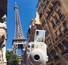 Travelling with your instax camera is so rewarding! - Instax Camera - ideas of Instax Camera. Trending Instax Camera for sales. - Travelling with your instax camera is so rewarding! Polaroid Camera Pictures, Poloroid Camera, Polaroid Instax Mini, Camera Aesthetic, Paris Summer, Fotos Goals, France, Aesthetic Pictures, Photo Editing