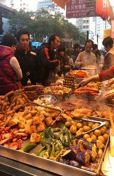 Street food in Hong Kong (Image: The Foodie Gift Hunter used under a Creative Commons Attribution-ShareAlike license)