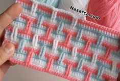 3 RENKLİ TIĞ İŞİ DESENİ BATTANİYE ÖRNEKLERİ YAPIMI | Nazarca.com Baby Knitting Patterns, Crochet Designs, Crochet Stitches, Pattern Design, Blanket, Cross Stitch Embroidery, Ganchillo, Tricot, Blankets