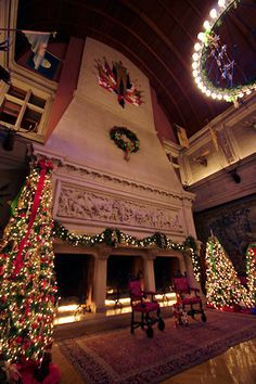 Candlelight Christmas Evening Tour of Biltmore House