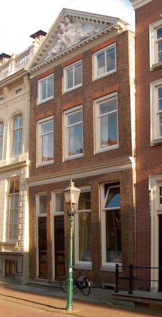 Hoorn,_Grote_Oost_24.jpg (650×1274)