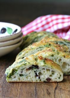 Spinach and Olive Focaccia (replace 17% of flour and water with sourdough)