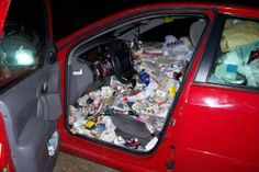 10 Bizarre Car Crash Stories - ODDEE