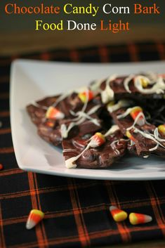 Chocolate Candy Corn Bark Food Done Light #chocolaterecipe #candycornrecipe #halloweencandyrecipe #healthychocolate #healthycandy #weightwatchers recipe