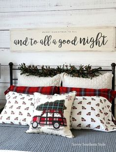 These fabulous Christmas bedroom decor ideas will help get your home ready for the holiday season! Here's how to decorate a bedroom for Christmas. Christmas Signs Wood, Merry Christmas To All, Noel Christmas, White Christmas, Christmas Ideas, Xmas, Christmas Bedroom Decorations, Christmas Bedding, Christmas Movies