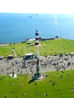 Plymouth Hoe in summer Devon Life, Devon Uk, South Devon, Devon And Cornwall, Plymouth Hoe, Plymouth England, Great Photos, Old Photos, English Countryside